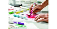 Met de specialeBrush Pen blender kunnen kleuren worden gemengd of getemd. Ook kun je er prachtige overgangen en verwassingen mee maken. Handig voor onderweg. Is perfect te combineren met deTalens Ecolinein flacons.