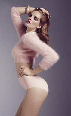 Alexina Graham pour Wacoal #lingerie #wacoal #underwear