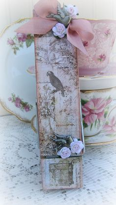 Shabby Bird Memo Clip With Roses-pin,clothespin,wood,metal,cottage,birds,roses,paper,gift,handmade,shabby,chic,