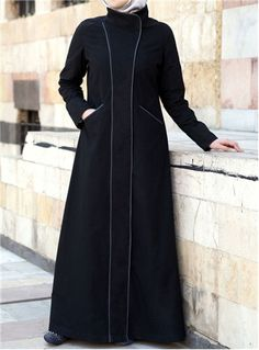 Shop online for stylish Islamic clothing designed for modern Muslim women and men. Modest Outfits, Classy Outfits, Queen Style, Abaya Fashion, Fashion Dresses, Modern Abaya, Moslem Fashion, Islamic Fashion, Islamic Clothing
