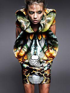 MCQUEEN : Masha Novoselova photographed by Txema Yeste for V Magazine Spain