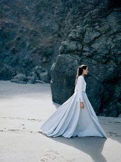 modern bride - photo by Jessica Davis Photography