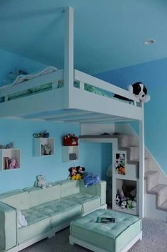 My dream bedroom when i was a kid .too late I'm in my mid fifties now but this is awesome .