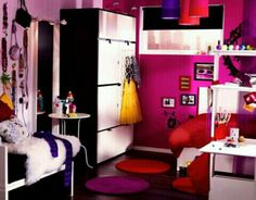 A teenagers ideal room :)