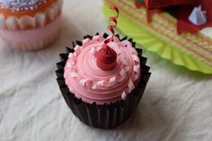 Satiate your sweet tooth -- as well as your desire to go beyond the guidebook -- at these six offbeat cupcake shops in NYC!