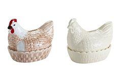 1800年創業のイギリスのクッキング用陶磁器ブランド「MASON CASH」のハンドベイントのニワトリの卵。
