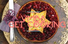 VMBS GET COOKING : Christmas cranberry turkey pie