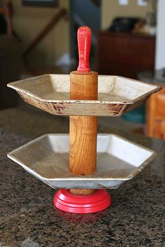 Mamie Jane's: Tiered Pie Plate Stand - Part II..love this a rolling pin and 2 tin plates..:)