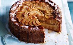 Apple-vanilla teacake with thick vanilla custard