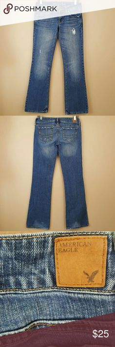 """AMERICAN EAGLE Size 2 Jeans """"Favorite Boyfriend"""" Jeans by American Eagle.   • Style: Favorite Boyfriend, slim bootcut.  • Stretch • Size 2 • 98% Cotton, 2% Spandex  • Like new! (Probably never worn.)  Great for school or casual days! American Eagle Outfitters Jeans Boot Cut"""