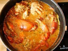 Le matoutou de crabe (ou matété en Guadeloupe)est une recette traditionnellement préparée pour les fêtes de Pâques et de Pentecôte. En Martinique, le matoutouest une véritable tradition qui possède même son concours. Je n'ai jamais participé à ce concours, et ma recette ne détient pas le crabe d'or, mais elle est fortement appréciée par mes ...
