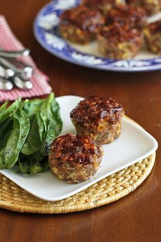 Mini Muffin Tin Meatloaf Recipe with Barbecue Sauce & Corn | cookincanuck.com #dinner by CookinCanuck, via Flickr