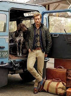 World of Polo - Country Gentleman - Ralph Lauren. I want that Land Rover Defender. Handsome Men Quotes, Handsome Arab Men, Mens Outdoor Fashion, Mens Fashion, Fashion Guide, Style Fashion, Beautiful Women Quotes, Men Quotes Funny, Look Man