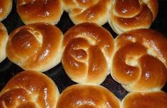 Posts in the Panqués Category at Los Mejores Postres Biscuit Bread, Pan Bread, Bread Cake, Spanish Desserts, Crazy Cakes, Bread And Pastries, Kefir, Sweet Bread, Bakery