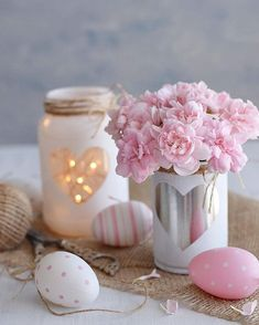 Boa noite!! Via @lardecoramado . . . #easter #pascoa #páscoa #pascoa2018 #ostern #tv_stilllife #still_life_gallery #click_vision #eggs #tincan #jars #vidrinhos #lata #latinha #reciclagem #recicla #recycle #reuse #diydecor #diy #inspiremyinstagram #facavocemesmo #bomdia #pink #easter2018 #hygge #seekthesimplicity #alittlebeautyeveryday #stilllife