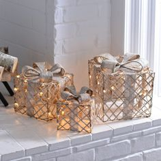 Pre-Lit Champagne Wrapped Gift Boxes, Set of 3 Elegant Christmas Decor, Silver Christmas Decorations, Farmhouse Christmas Decor, Diy Christmas Ornaments, Beautiful Christmas, Christmas Wreaths, Classy Christmas, Christmas Décor, Christmas Centerpieces