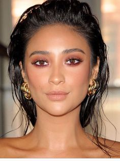 Shay Mitchell hair and makeup inspiration. Slicked back hair with dewy skin, nude lips and pink smokey eye - gorgeous!
