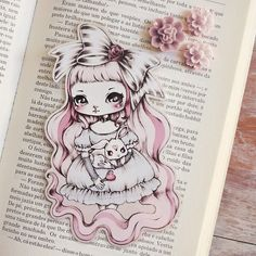 Ive always loved dolls very much! They are the main subject of my work. Everything is about them! How about you? Do you like dolls? Aprox. 14cm (5.5) height. Have fun reading wonderful books ^_^! ******* Please look at my policies for purchasing info. If you have any question,