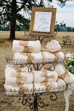 Winter Wedding - provide cozy blankets to guests for outside wedding, reception. Love the cream and burlap.