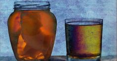 Kombucha is rich in antioxidants and helps treat disorders such as cancer and heart and liver disease. Here are some more health benefits of kombucha tea!