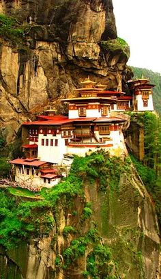 Taktsang Palphug Monastery, a prominent Himalayan Buddhist sacred site and temple complex, located in the cliffside of the upper Paro valley, Bhutan.