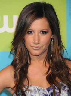 Pretty Ashley Tisdale with Soft Wavy Hairstyle with Long Side Part Bang