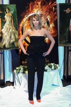 Jennifer Lawrence Wearing Christian Dior - 'The Hunger Games: Catching Fire' 2013 Cannes Film Festival Photocall
