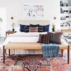 Major bedroom goals  via @katiehodgesdesign by @monicawangphoto • #homedesign #homeinspo #bohovibes #masterbedroom #interiors