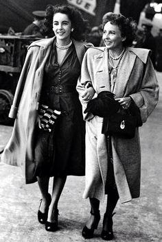 Elizabeth Taylor and her mother Sara Sothern, circa. 1947