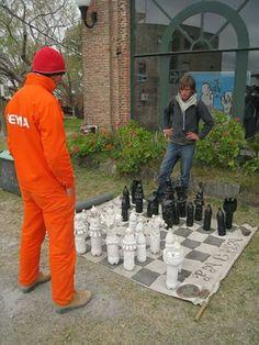 Artesanato garrafas pet jogo de xadrez gigante