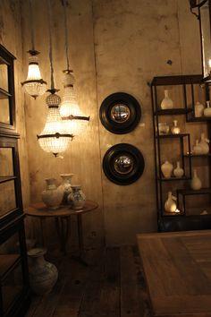 Luminaires en forme de montgolfiere Exhibitions, Sconces, Wall Lights, Bathroom, Lighting, Home Decor, Light Fixtures, Mirror, Shape