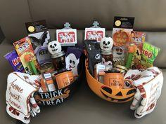 Diy Halloween Gifts, Halloween Gift Baskets, Halloween Desserts, Cute Halloween, Holidays Halloween, Halloween Treats, Halloween Decorations, Halloween 2020, Halloween Care Packages