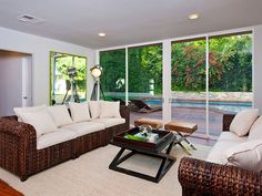 A William Stephenson House for Sale in Beverly Hills | HomeDSGN