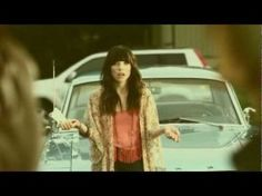 Carly Rae Jepsen – Call Me Maybe