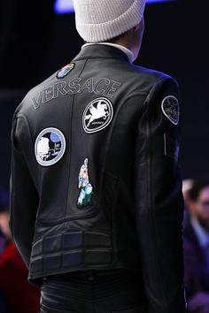 Trend Alarmı: Armalı Ceketler