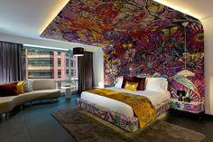 Interieur und Design Ideen - Großes Kopfbrett mit bunten Blumenmotiven