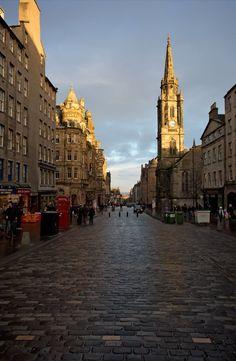 "Edinburgh's most famous street.. ""Royal Mile"", Scotland // by GREGG on Trekearth"
