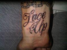 Machine gun kells lace up tattoo I'm gonna get mine dun soon I hope❤