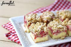 rhubarb strawberry crumble cake bars