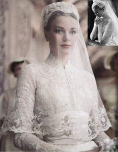 Princess Grace Wedding day, April 19, 1956 -- lace long sleeve wedding gown Grace Kelly Rainier III, Prince of Monaco