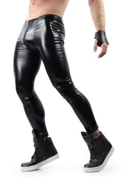 Looking for mens leggings and meggings? Shop for the trendiest mens compression pants, workout leggings & fashion leggings on Differio. Buy cool meggings here! Mens Leather Pants, Tight Leather Pants, Leather Jackets, Black Outfit Men, Sport Mode, Mens Compression Pants, Latex Men, Lycra Men, Wet Look Leggings