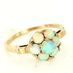 Vintage 10 Karat Yellow Gold Opal Flower Daisy Cocktail Ring Fine Estate Jewelry $295