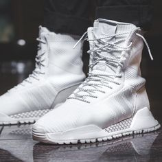 wholesale dealer ad301 6253f adidas Originals White F-1.3 PK High-Top Sneakers. Naisten MuotiAdidas  OriginalsVampyyrien SukuaTennisVaate
