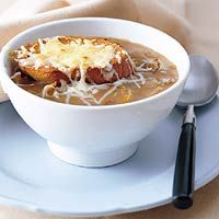 Recept - Gegratineerde uiensoep - Allerhande Soup Recipes, Healthy Recipes, Tasty, Yummy Food, Fabulous Foods, International Recipes, Soup And Salad, I Love Food, Foodies