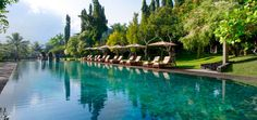 The Chedi Club Hotel (Ubud, Bali). Always wanted to go to Bali Ubud Hotels, Beach Hotels, Hotels And Resorts, Luxury Resorts, Top Hotels, Ubud Bali, Cool Places To Visit, Places To Go, Piscina Do Hotel