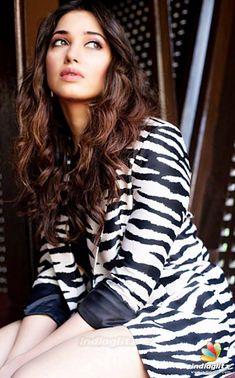 Tamannah South Indian Actress Hot, Indian Bollywood Actress, Indian Actress Hot Pics, Tamil Actress Photos, Bollywood Girls, South Actress, Beautiful Bollywood Actress, Beautiful Actresses, Hot Actresses