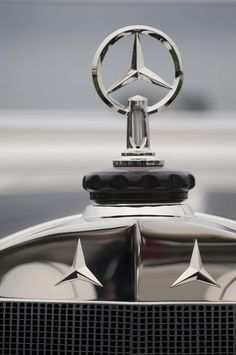1928 Mercedes-benz S Murphy Speedster Hood Ornament Photograph by Jill Reger