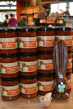 No bunny can turn down a sample of Pepper and Onion Relish. #allears