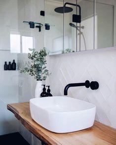 White tiles with white grout – Weiße Fliesen mit weißem Fugenmörtel – Bathroom Inspo, Laundry In Bathroom, Bathroom Inspiration, Modern Bathroom, Small Bathroom, Bathroom Black, Bathroom Ideas, Textured Tiles Bathroom, Dark Floor Bathroom