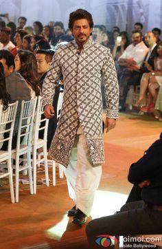 Shah Rukh Khan Photos